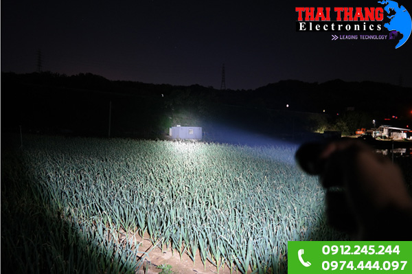 Đèn pin quân đội Hàn Quốc Led 10W PL-X